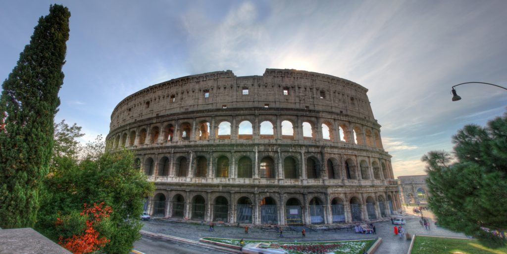Walking Map Of Rome Tourist Attractions | Rome Highlights | Rome Tour Map: Colosseum at sunrise