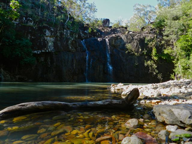 cedar creek falls - what to do in airlie beach