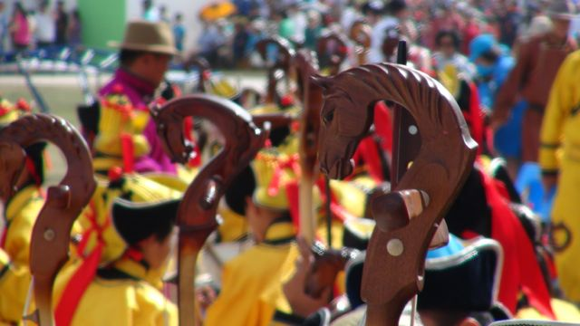 Horse Head Violins at the Naadam Festival (Mongolia Podcast)