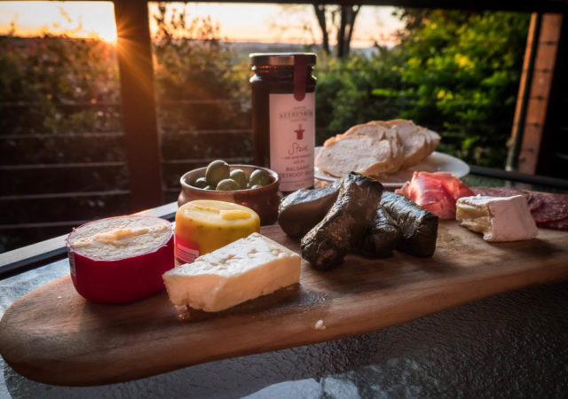 Romantic getaways sunshine coast hinterland - Cheese sunset