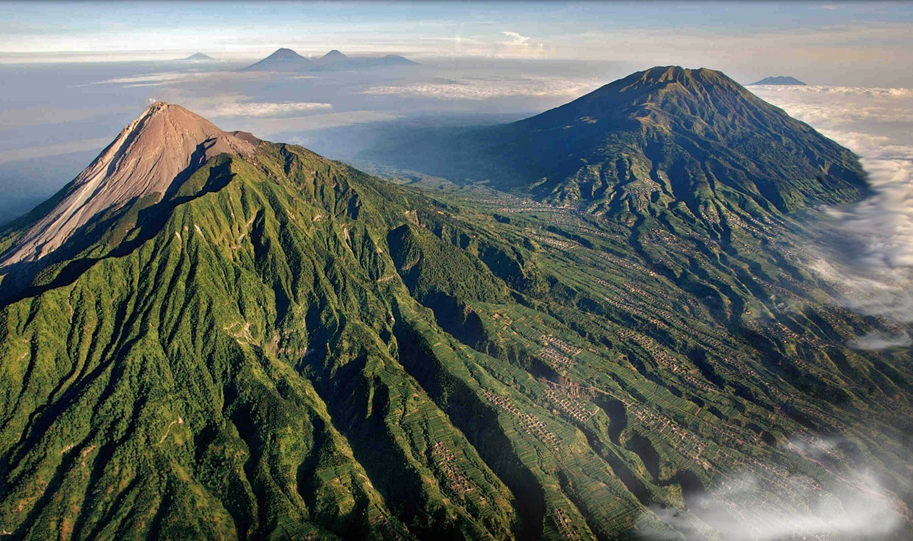 Merapi Mountain - fun things to do in Yojakarta Indonesia
